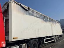 Semitrailer Trouillet rörligt underlag skadad