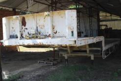 Semirremolque plataforma transporta paja Trailor
