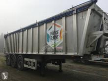 Yarı römork Benalu AgriLiner 9500 de 43,7 m3 damper tahıl taşıyıcı ikinci el araç