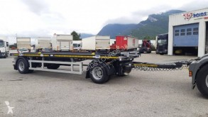 Trax hook lift trailer