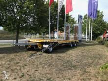 přívěs nosič strojů Schwarzmüller