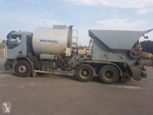 Renault powder tanker trailer