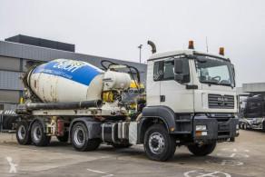 Liebherr BETON MIXER HTM 904 - 9M³ trailer used concrete mixer