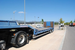 Fruehauf heavy equipment transport trailer