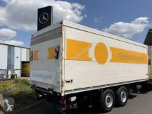 Schmitz Cargobull beverage delivery flatbed trailer ZFPR18 2 Achsen Getränkekoffer+LBW Schwenkwand