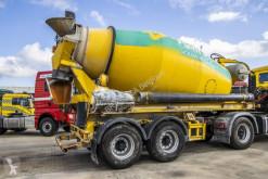 Félpótkocsi Liebherr BETON MIXER 9M3 használt betonkeverő beton