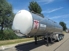 Reboque cisterna Burg 3 Axle Tank / Food-Lebensmittel / 34.000L / 3 Comp. / NL Trailer