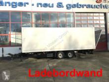 全挂车 厢式货车 Möslein Tandemkoffer mit Ladebordwand