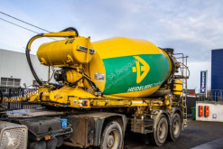 Liebherr concrete mixer concrete semi-trailer BETON MIXER-HTM 904 ZA-9M3