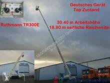Raupen Arbeitsbühne 30.40 m / seitlich 18.90 m trailer used telescopic articulated aerial platform