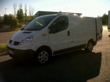 Renault Trafic L1H1 2,0L DCI 115 CV used negative trailer body refrigerated van