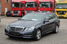 Carro berlina Mercedes Classe E