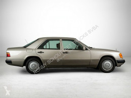 Mercedes 200 E E Wurzelholzdekor/Umweltplakette grün voiture berline occasion