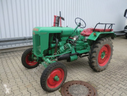 Tracteur agricole F12 B NORMAG F12B