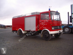 Ambulanţă Mercedes 813 LP 4x2 LP 4x2 Löschfahrzeug mit Wasserbehälter 2240 l