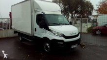 Utilitaire caisse grand volume Iveco Daily 35C15