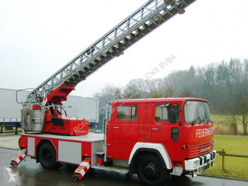 Voir les photos Véhicule utilitaire nc DEUTZ FM 170 D 12F MAGIRUS DEUTZ FM 170 D 12F Feuerwehr Drehleiter