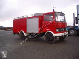 Mercedes tűzoltóság teherautó LP 4x2 LP 4x2 Löschfahrzeug mit Wasserbehälter 2240 l