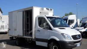 Veículo utilitário carrinha comercial frigorífica isotérmico Mercedes 411 SPRINTER