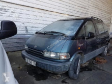 véhicule utilitaire Toyota PREVIA