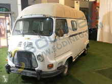 Voiture berline Renault ESTAFETTE 1000