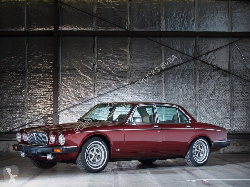 Преглед на снимките Лекотоварен автомобил Jaguar Daimler Double Six Vanden Plas Daimler Double Six Vanden Plas