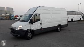 Furgoneta Iveco 35S15/2.3 V /P furgoneta furgón usada