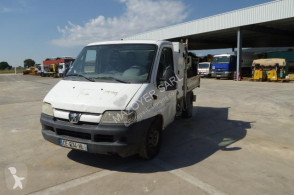 Peugeot Boxer utilitaire benne standard occasion