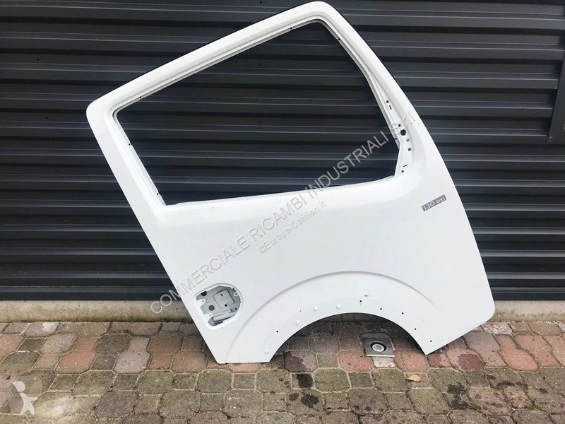 Voir les photos Véhicule utilitaire Nissan Cabstar