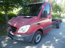carrinha comercial chassis cabina Mercedes