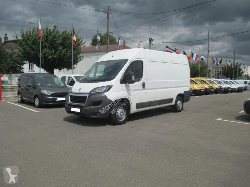 Voir les photos Véhicule utilitaire Peugeot Boxer L2H2 PREMIUM PACK