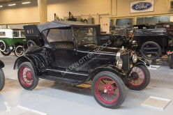 Voiture berline Ford MODEL T RUNABOUT