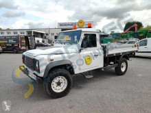 Voiture berline Land Rover Defender