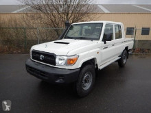 Furgoneta Toyota Land Cruiser DCPU VDJ 79 4.5L TURBO DIESEL coche pick up nueva