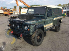 Voiture berline Land Rover Defender 110