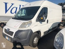 Fourgon utilitaire Peugeot Boxer 2,2L HDI 120 CV