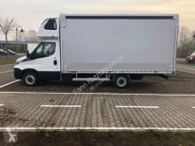 nieuw bestelwagen met zeilwanden