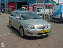 Toyota Avensis voiture occasion