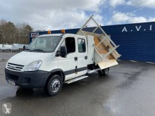 Camioneta trilaterala second-hand Iveco Daily 65C18