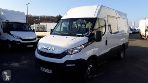 Fourgon utilitaire Iveco Daily 35C14V