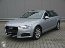 masina berlină Audi