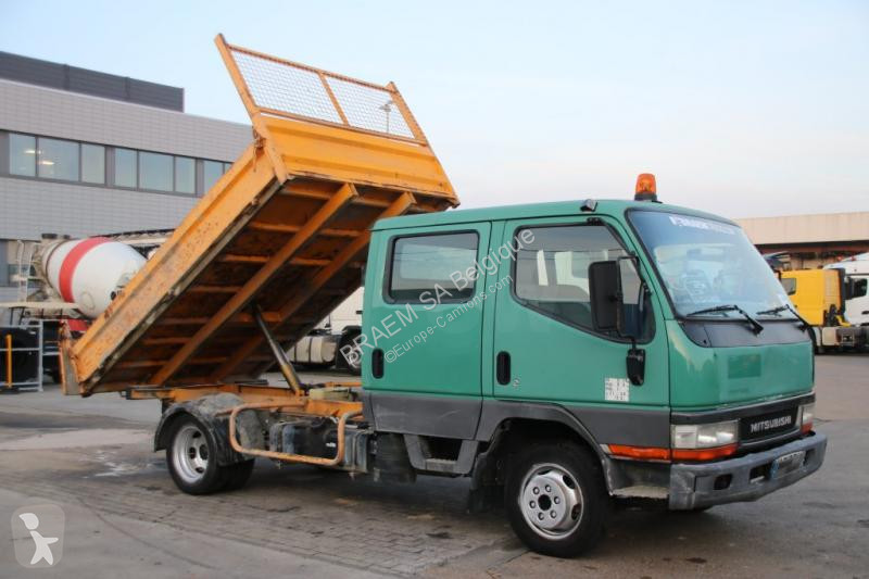 Voir les photos Véhicule utilitaire Mitsubishi Canter