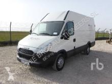 véhicule utilitaire Iveco