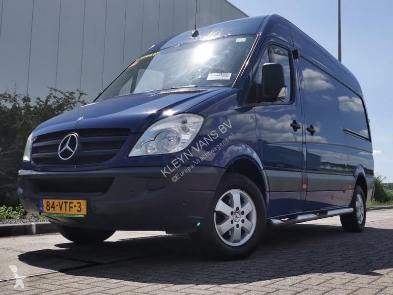 Voir les photos Véhicule utilitaire Mercedes Sprinter 318 CDI l2h2 3.0 liter 1