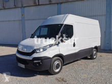 Fourgon utilitaire occasion Iveco Daily 35
