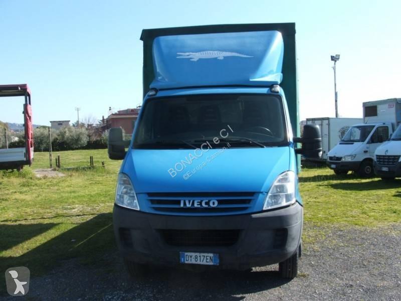 Voir les photos Véhicule utilitaire Iveco Daily 35C10
