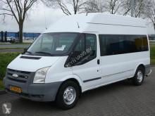 Camioneta minibus Ford Transit