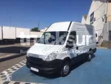 furgon dostawczy Iveco