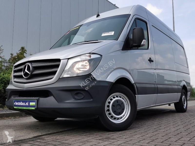 Voir les photos Véhicule utilitaire Mercedes Sprinter 316 CDI l2h2 airco aut
