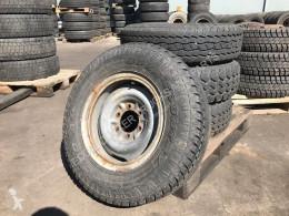 náhradní díly pneumatiky použitý